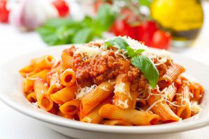 europaeische-kueche-pasta-bolognese