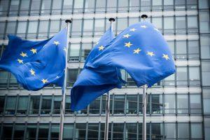 grundrechte-eu-flagge-bruessel