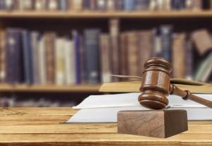 EU Richtlinien Verordnung Gesetzeshammer